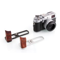 Kamerar Rosewood Hand Grip for Fujifilm X100T from PIXEL ADDIX