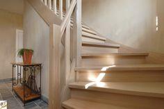 Landelijke houten trap op maat van Trappen Teck Puurs www.trappenteck.be