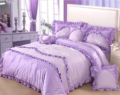 Queen Size Hello Kitty Bed Set - Home Furniture Design Purple Bed Sheets, Purple Bedspread, Queen Size Bed Sets, Queen Size Bedding, Cheap Bedding Sets, Comforter Sets, Hello Kitty Bed, Girls Twin Bed, Home Furniture