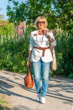 A white jacket by Essentiel - No Fear of Fashion Piercing Shop, Shoe Clips, Silver Shoes, Walk On, Boyfriend Jeans, My Outfit, Going Out, Two By Two, Lady