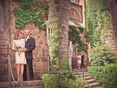 fairy tale castle wedding at Hammond Castle Gloucester, MA #CapeAnn #Wedding #Vintage http://briannaphotography.com/blog/?load%2Fblog_detail%2Fpage%2F88457%2Fitem%2F1517%2Fvaughan-verga-wedding----hammond-castle--gloucester--ma----cape-ann-wedding-photographer