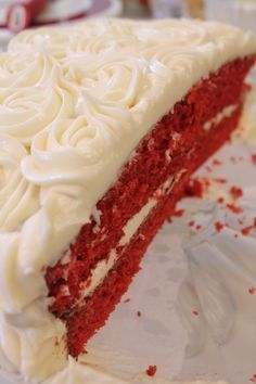 How to make a super moist and fluffy Red Velvet Cake completely from scratch, with minimum ingredients! Southern Red Velvet Cake, Easy Red Velvet Cake, Duncan Hines, Yummy Treats, Sweet Treats, Garden Party Cakes, I Heart Recipes, Cake Recipes From Scratch, Red Velvet Cake Recipe From Scratch