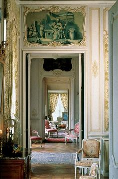 Gorgeous enfilade of rooms. Totally not my style of furnishings, but I have always liked this architectural arrangement.