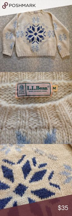 Vintage LL Bean 100% Wool Snowflake Sweater M Great pre-owned condition. Old label. 100% Wool. LL Bean Sweaters Crew & Scoop Necks
