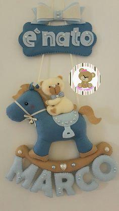 https://m.facebook.com/XENIA-creazioni-1413280015640861/ Fiocco nascita pony e orsetto personalizzabile