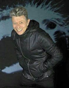 Oh the feels, wonderful man, wonderful spirit, strung out in heaven's high Bowie Blackstar, Bowie Starman, David Bowie Born, David Bowie Tribute, David Bowie Labyrinth, The Bowie, Ziggy Played Guitar, Mick Ronson, The Thin White Duke