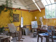 Studio de Claude Monet à Giverny, France.