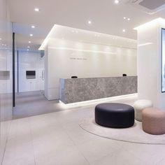 포트폴리오 Clinic Interior Design, Hall Interior, Clinic Design, Healthcare Design, Decor Interior Design, Medical Office Decor, Dental Office Design, Modern Office Design, Contemporary Office