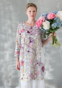 """""""Kaprifolium"""" dress in cotton Celebrate festive occasions in this gorgeous dress. Digitally printed pattern on organic cotton. Easy-to-wear style with button placket in front and with buttons in coir. Generous fit. Item number 63700 Price $ 108 (customs duties included)"""
