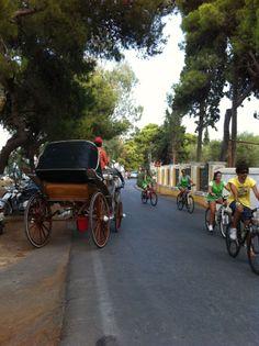 ΣΠΕΤΣΕΣ Greek Islands, Antique Cars, Greece, Antiques, Travel, Greek Isles, Vintage Cars, Greece Country, Antiquities