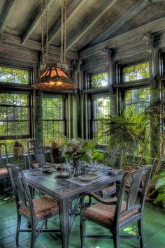 Garden Room in Duluths Glensheen Mansion.