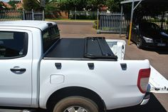 tonneau KING® soft tonneau cover is the first lockable soft cover in South Africa, fully hassle free product, fits and removes entirely in seconds. Tri Fold Tonneau Cover, Car, Automobile, Autos, Cars