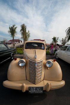Old car, via Flickr.