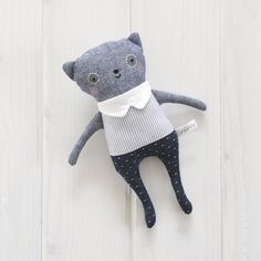 Indigo Bear - No.01 | Petit Pippin