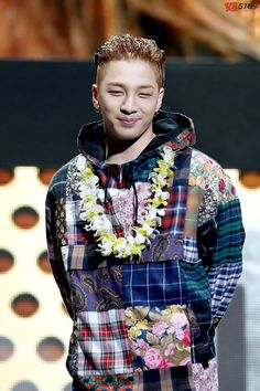 Sweet as flowers. Warm as the sun. #TAEYANG #DongYoungBae [logo]