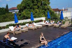 Good morning universe! 🕶👙😎 #J4hotelslegian #J4hotels #LifestyleHotel #Lifestyle #HotelBali #Holiday #InstaTravel #Vacation #LegianBali #Wanderlust #Destination #LegianStreet #RoofTopPool #RoofTopSwimmingPool #Bali #Indonesia #HappyHour #Traveler #Backpacker #HappyLife #Morning #Pool #SkyPool #Blue #Swimming #Sunrise #Tan
