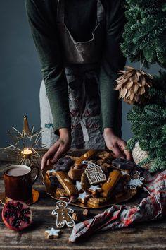 Navidad Zara Home Bohemian Christmas, Christmas Mood, Noel Christmas, Christmas 2019, Christmas Cookies, Christmas Tablescapes, Christmas Table Decorations, Decoration Table, Zara Home
