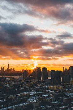 Setting in the City | Photographer © | IG | AOI New York view from Jersey City