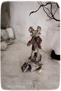 Meas Vintage, Paper Art, Crafty, Handmade, Andreas, Figurative, Characters, Dolls, Animal