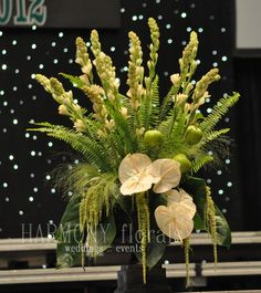stage arrangement #tuberose #apples #anthirium