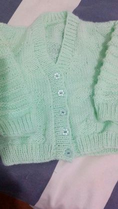 Sweaters, Crafts, Clothes, Fashion, Outfits, Moda, Manualidades, Clothing, Fashion Styles