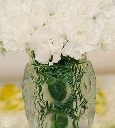 Tory Entertains: Carnations Are Back | The Tory Blog