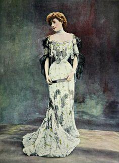 Бальное платье от Дусе, 1903 / Ball gown by Doucet, 1903.