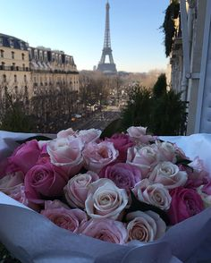La vie en rose, Paris.