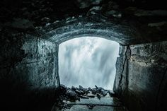 The tunnels that run behind Horseshoe Falls