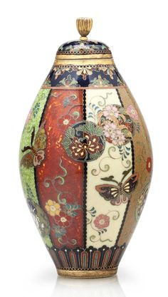A cloisonné enamel jar and cover MEIJI PERIOD (LATE 19TH CENTURY), SIGNED KYOTO NAMIKAWA (WORKSHOP OF NAMIKAWA YASUYUKI; 1845-1927)