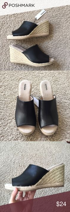 New Shoes Cushioned footbed. Brand new. Sonoma Shoes Sandals