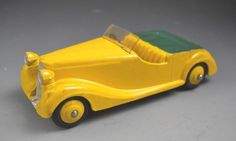 Dinky Toys Meccano Ltd England #38b Sunbeam-Talbot Yellow Green Exterior No Box #DinkyToys #SunbeamTalbot