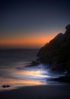 coffeymuse:  Playa Las Brisas. (by Pablo Leautaud.)