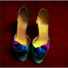 gorgeous shoes-yes they are....there art!