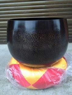 Temple Bell, Taiwan style, 40 cm and 48 cm,  http://myadornart.com/products.asp?cid=154