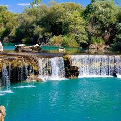 Manavgat Türkei es lo que ves. Una cascada bonita, pero debe estar muy explotada turísticamente, y no cabía un alma más