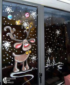 Christmas Window Decoration Ideas Home Χριστουγεννιάτικη Διακόσμηση Christmas Canvas Art, Christmas Paintings, Christmas Window Decorations, Christmas Windows, Painted Windows For Christmas, Christmas Window Display Home, Christmas Crafts, Christmas Ornaments, Christmas Balls