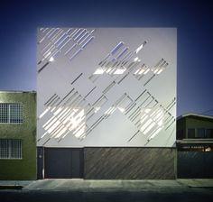 © Yoshihiro Koitani Architects: Darkitectura Location: Coyoacán, Mexico City, Federal District, Mexico Area: 440 sqm Year: 2013 Photographs: Yoshihiro