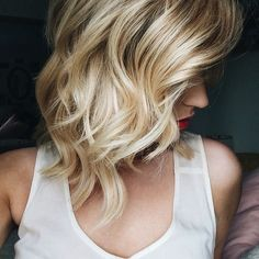 waves and the prettiest blonde tones.