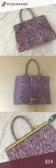 """Snakeskin Tote EUC Purple/pink & Grey Faux Snakeskin Tote by BCBG Max Azria. 18.5"""" x 14.5"""" x 5.5"""". OFFERS WELCOME 💕 BCBGMaxAzria Bags Totes"""