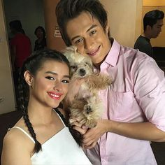First family picture*Hawak-Kamay Daddy Quen, Mommy Hope and Cutee Mikee #LizQuen #DolceAmore #ForeverAndMore #VoteEnriqueFPP #KCA ctto