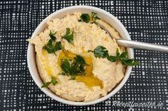 Hummus eller hommus kikärtsröra Hummus, Raw Food Recipes, Healthy Recipes, Healthy Foods, Raw Vegan, Vegan Food, Falafel, Tahini, Risotto