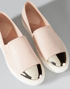 Stradivarius Slip ons with toe detail