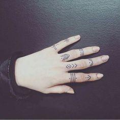 50 Amazing Finger Tattoo Designs You'll Like - Page 4 of 50 - Tattoo Style Finger Tattoo Designs, Finger Tattoos, Hand Tattoos, Sharpie Tattoos, Finger Tattoo For Women, Finger Henna, Henna Tattoo Designs, Body Art Tattoos, New Tattoos