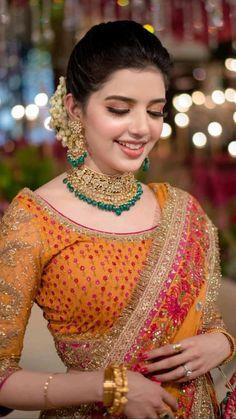 Blouse Styles, Blouse Designs, Pakistan Wedding, Indian Blouse, Bridal Outfits, Indian Dresses, Designer Collection, Lehenga, Sari