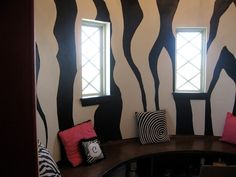 Zebra wall! This would be so cool for my mom to do in her tanning salon!