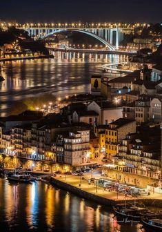 Portugal tem vários cantos e recantos a conhecer. A cidade do Porto, no Norte de Portugal, é sem dúvida um lugar que merece destaque por todas as suas características e segredos mais bem guardados da Douro Portugal, Visit Portugal, Spain And Portugal, Portugal Travel, Places To Travel, Places To See, Porto City, Portuguese Culture, Destinations