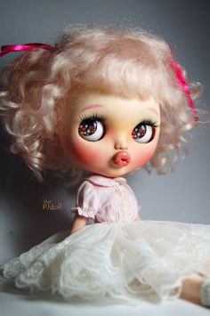 ** CUSTOM BLYTHE DOLL : ■Pinky Kitty■  Custom by : the PJdoll Base model :factory blythe RBL doll. with alpaca wigs.  Meet the cute pouty face girl!
