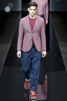Giorgio Armani Spring 2017 Menswear Collection Photos - Vogue