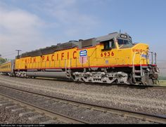 The DDA40X is 98 ft (30 m) long. The frames were fabricated by an outside contractor, the John Mohr Company of Chicago, since the frame length exceeded the abilities of EMD's plant. Using more than one prime mover in a single locomotive was not new; the E-series were popular dual-engine locomotives, and Baldwin had produced (but not sold) a locomotive with four diesel engines.